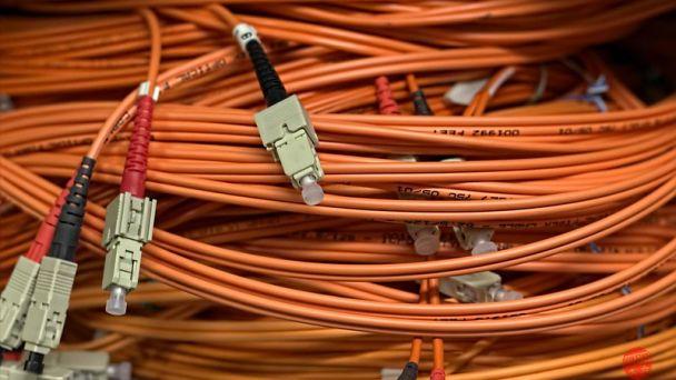 Začala výstavba optickej siete
